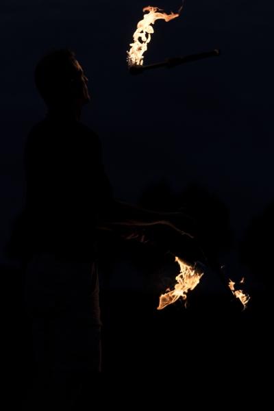 2017-08-04-jongle-retz-feu-abbaye-13